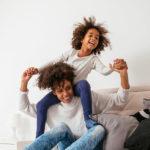 Vida com filhos: 4 dicas para encontrar leveza na criação dos filhos