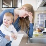 Mães sobrecarregadas: 6 dicas para descomplicar o cotidiano